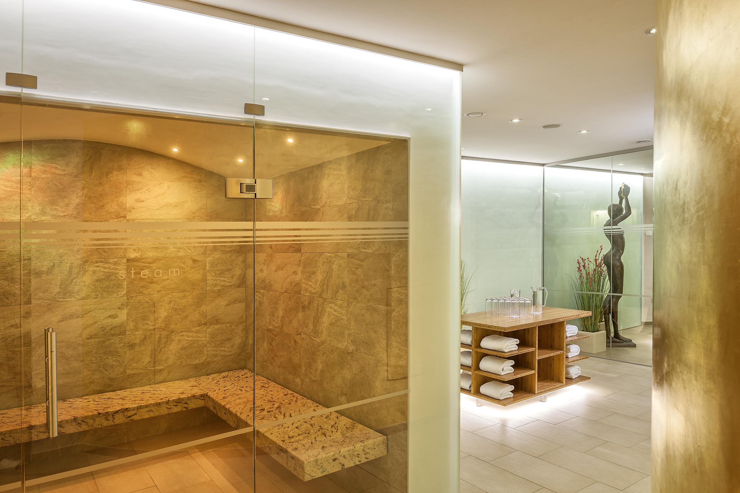 ROEWERS-Pool-Sauna_13-Foto-Burwitz-Pocha
